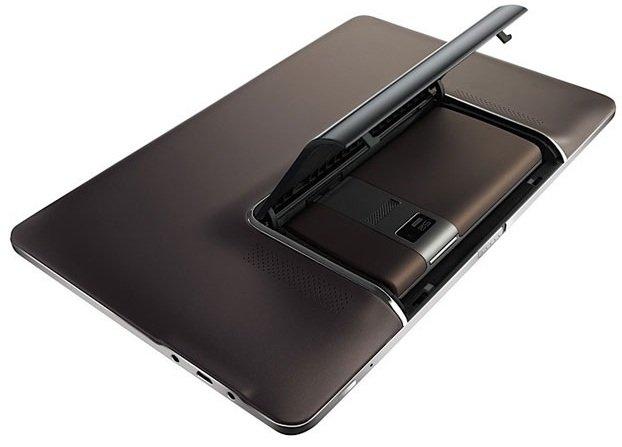 Asus PadFone, presentazione al Mobile World Congress?