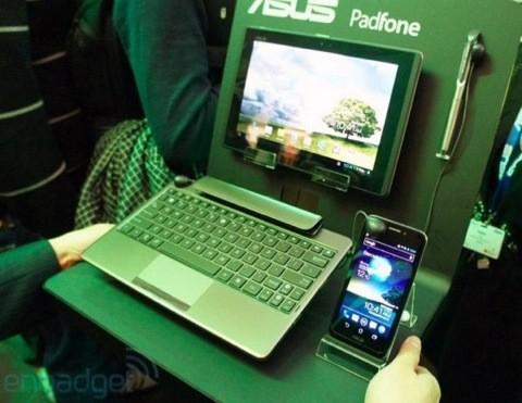 Asus PadFone, disponibile per il preorder domani a Taiwan, in vendita il 20 aprile