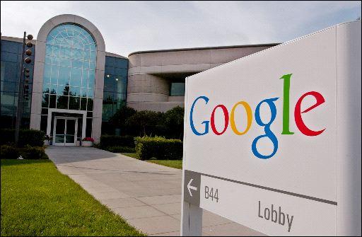 Davanti al Googleplex naviga la statua di Eclair
