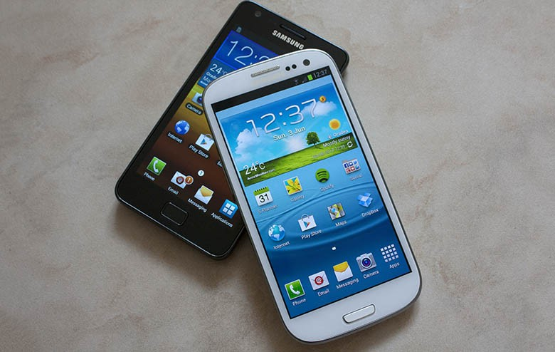 Samsung Galaxy S III vs Samsung Galaxy S II [VIDEO]