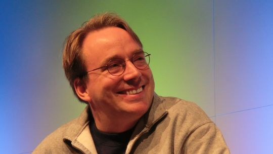 Lunga intervista a Linus Torvalds: smartphone, Android e Nokia