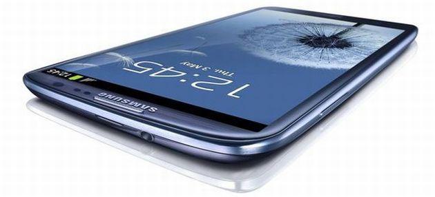 Apple chiede il blocco delle vendite del Samsung Galaxy S III