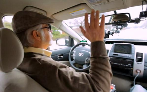 Google: entro 5 anni arriveranno le auto senza pilota