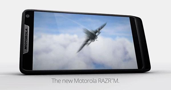 Motorola RAZR M arriverà in europa con processore Intel Medfield [RUMOR]