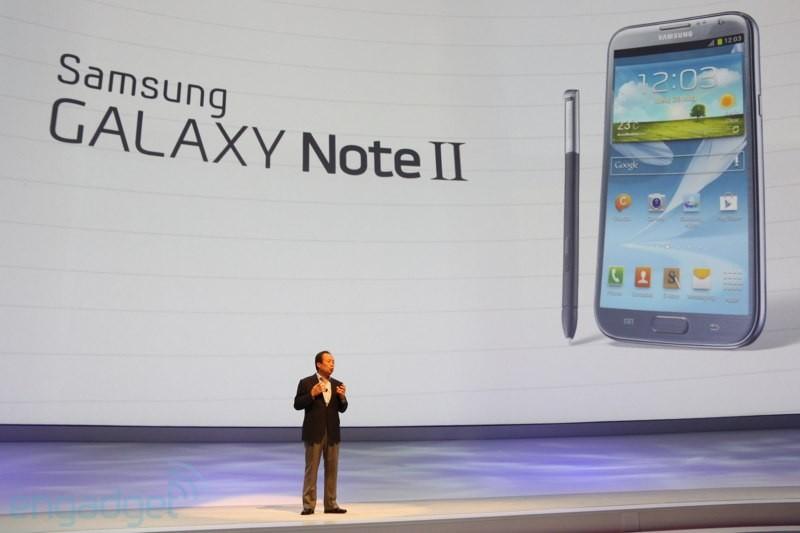 Samsung augura Buone Feste con il Galaxy Note II