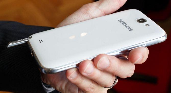 Samsung Galaxy Note II: artisti con smartphone e Sketchbook Mobile