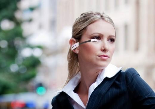 Vuzix M100: il rivale di Google Glass