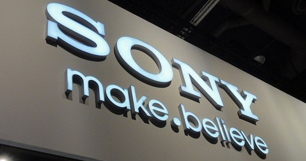 Sony C670X: nuovo smartphone Android con display da 4.8