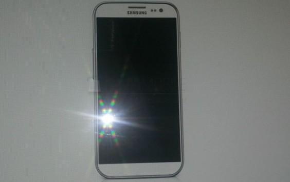 Samsung Galaxy S IV: questa la prima immagine?