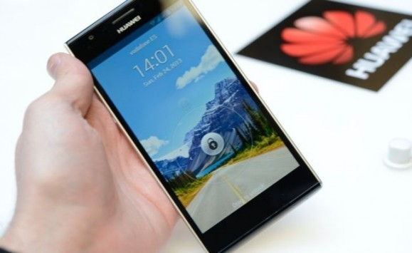 Huawei svela ufficialmente il nuovo Ascend P2: in Europa dal Q2 a 399 euro