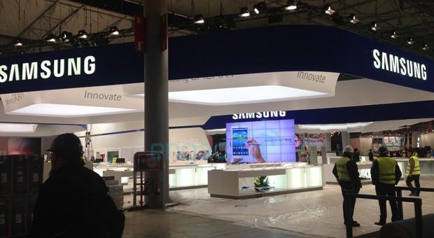Samsung Galaxy Note 8.0: dall'MWC 2013 nuove foto e nuovi video