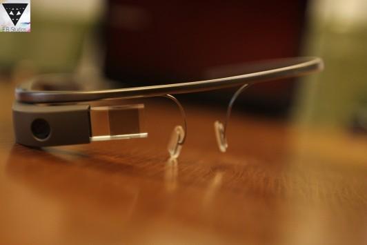Google Glass: secondo gli analisti rivoluzioneranno il mercato come l'iPhone