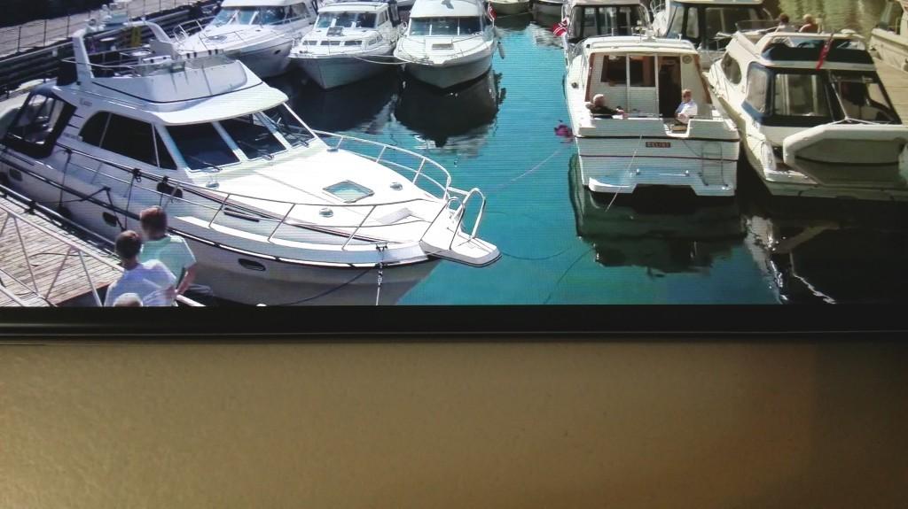 Soli 2.56 mm separano il display dal bordo