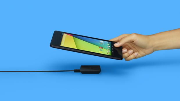 Il caricabatterie wireless per device Nexus è ora disponibile in Italia