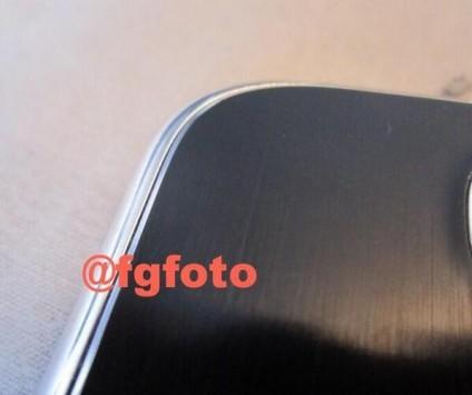 Samsung Galaxy S5: appare in rete la prima foto della versione