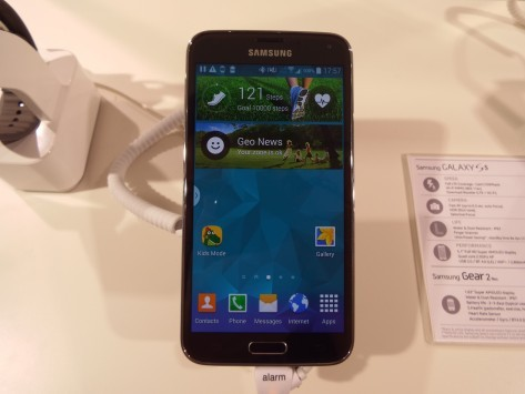 Samsung Galaxy S5: T-Mobile raccoglie 100.000 pre-ordini nei primi due giorni