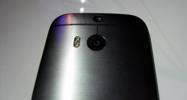 HTC One (M8): la qualità delle foto potrebbe dipendere anche dalla pulizia del sensore
