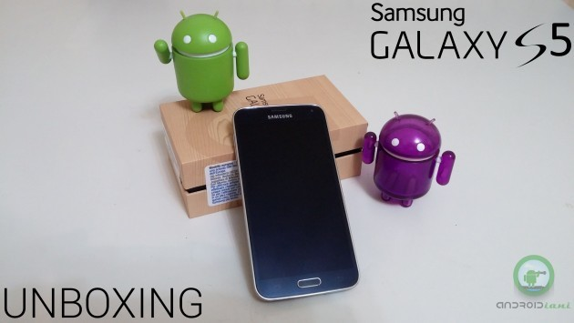 Unboxing Samsung Galaxy S 5 - Androidiani.com
