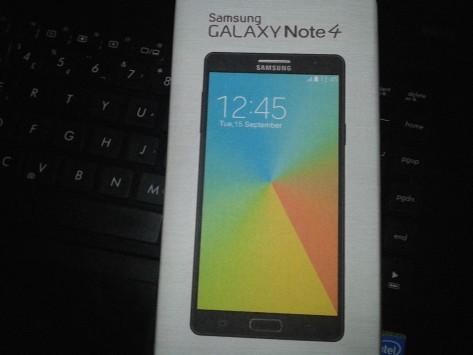 Samsung Galaxy Note 4: spunta la confezione di vendita
